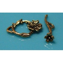 22 mm Antique Gold Flower Toggle Clasp