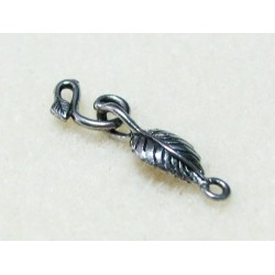 29 mm Hook Leaf Antique Silver Clasp